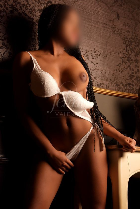High-class 18-year-old prostitute in Valencia with natural breasts in white lingerie, Ivon