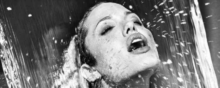 Golden shower in Valencia